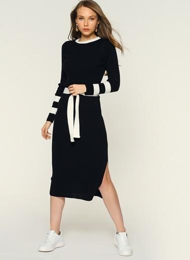 Loves You Kuşaklı Triko Elbise Siyah